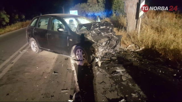 Oria, tre auto coinvolte in incidente: 1 morto e 8 feriti