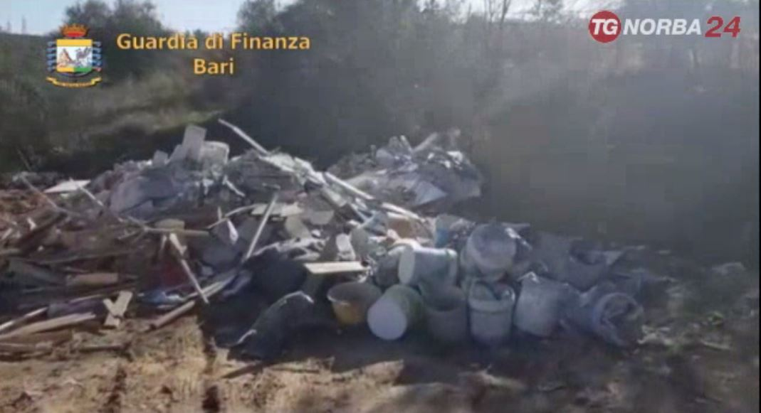 Maxi discarica abusiva sequestrata dalla Gdf ad Andria