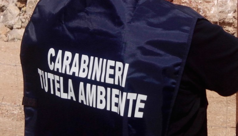 Mega discariche sequestrate in Salento, 3 denunce