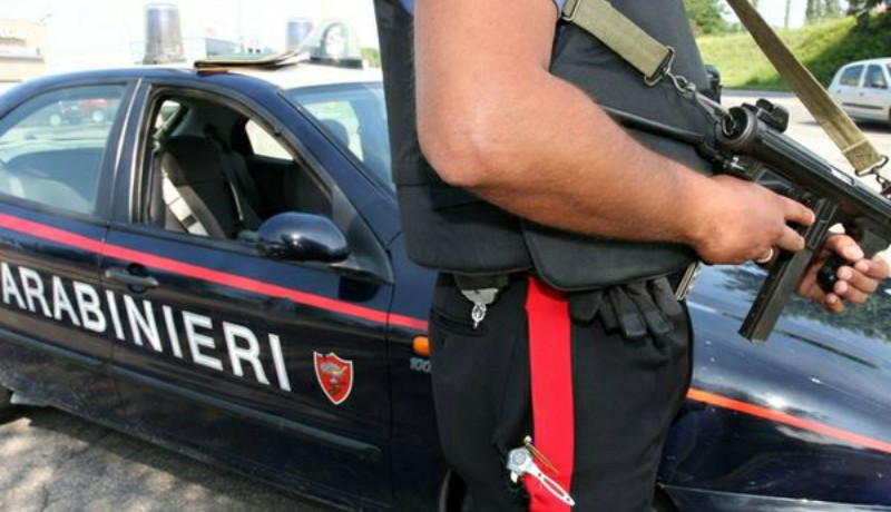 In moto con un chilo di droga, arrestato