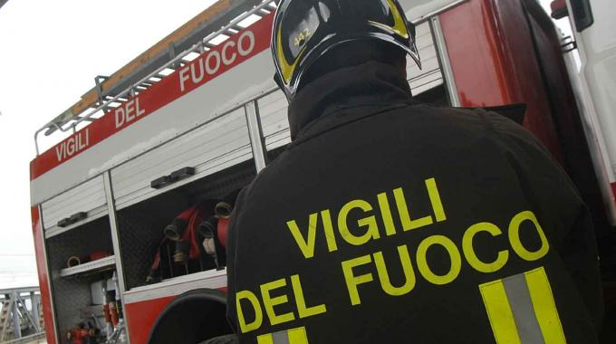 Incendio in casa destinata migranti nell�isernino